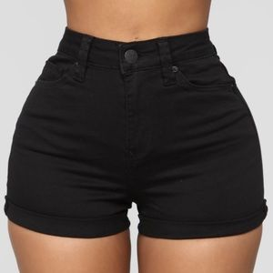 Denim Mid Rise Short - Black